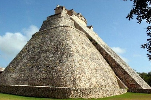 Uxmal-Pyramid of the Magician x